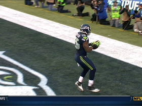 Video - Seattle Seahawks' Russell Wilson ties rookie TD passing record