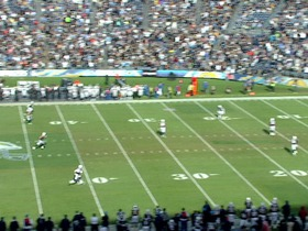 Watch: Chargers, 99-yd, kickoff return, TD