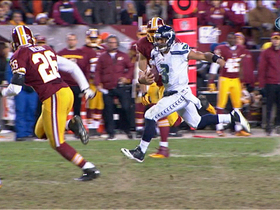 Video - Seattle Seahawks quarterback Russell Wilson 28-yard scramble