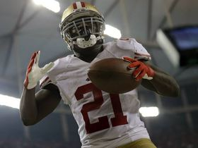 Video - San Francisco 49ers running back Frank Gore does the dirty bird after TD run