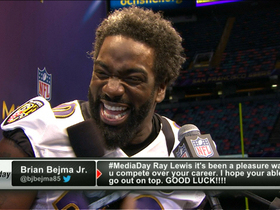 Video - Ed Reed gets tips on hair style
