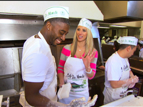 Video - Baking beignets at Cafe Du Monde