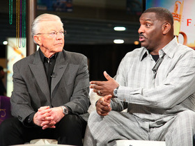 Video - Former Washington Redskins head coach Joe Gibbs and Quarterback Doug Williams relive Super Bowl XXII