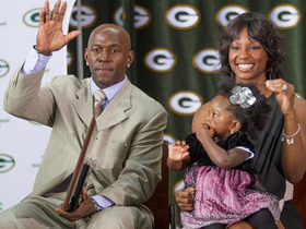 Video - Green Bay Packers wide receiver Donald Driver on retirement: 'The time is now'