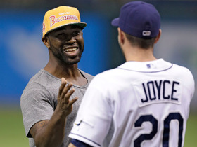 Video - Tampa Bay Buccaneers cornerback Darrelle Revis throws the first pitch at Tampa Bay Rays game