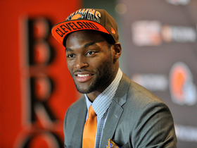 Watch: Fan Pass: Barkevious Mingo arrives in Cleveland