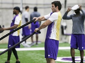 Watch: Ponder, Jennings leading Vikings' workouts