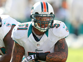 Watch: Pouncey on Ryan Tannehill: 'He needs to be a more vocal leader'