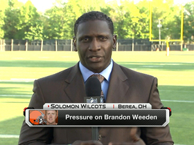 Watch: Pressure on Brandon Weeden