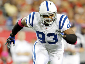 Watch: Dwight Freeney agrees to terms with Chargers