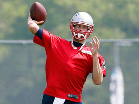 Can Patriots rely on Brady to shoulder load on offense?
