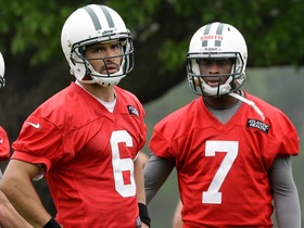Video - Mark Sanchez, Geno Smith struggle at practice