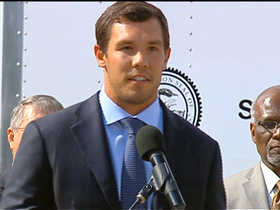Watch: Sam Bradford joins support group for Oklahoma tornado victims