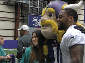 Watch: Patriots, Vikings in the community