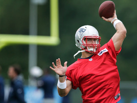 Watch: Tim Tebow joins Patriots minicamp