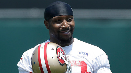 NaVorro Bowman  Colin Kaepernick wearing Dolphins hat a  huge mistake  -  NFL Videos d7e62f3cf62e
