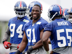 Video - Justin Tuck goes 1-on-1 with Shaun O'Hara at New York Giants cCamp