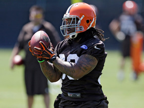Video - Cleveland Browns running back Trent Richardson demonstrates Browns passing game