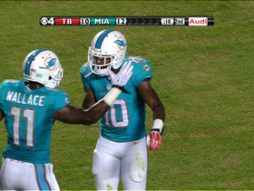 Video - Miami Dolphins wide receiver Gibson's 4-yard touchdown catch