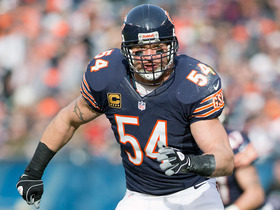Video - Do defenders really fake injuries as former Chicago Bears linebacker Brian Urlacher claims?