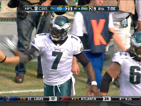 Video - Philadelphia Eagles quarterback Michael Vick runs in for 2-yard TD