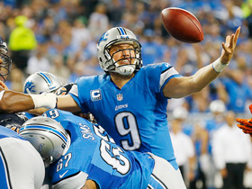 Video - WK 4 Can't-Miss Play: Stafford's slippery sneak