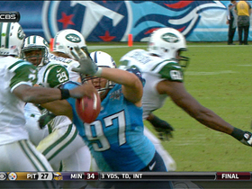 Video - Tennessee Titans defensive lineman Karl Klug fumble recovery for touchdown
