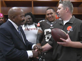 Video - Jim Brown joins team in locker room