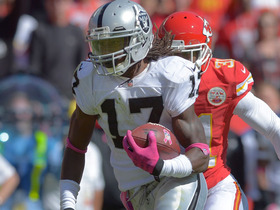 Video - Oakland Raiders wide receiver Denarius Moore 39-yard touchdown catch