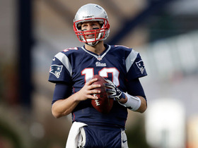 Video - Ailing hand one of several issues for New England Patriots QB Tom Brady