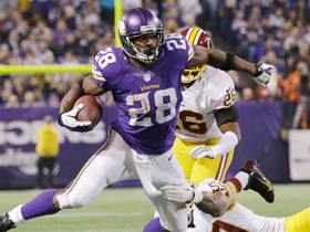 Video - Week 10: Minnesota Vikings running back Adrian Peterson highlights