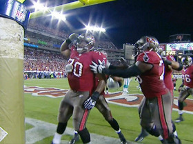 Video - Tampa Bay Buccaneers quarterback Mike Glennon passes to tackle Donald Penn for 1-yard touchdown