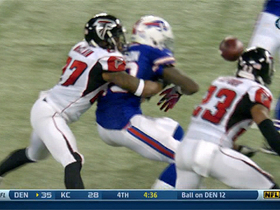 Video - Atlanta Falcons cornerback Robert McClain fumble recovery