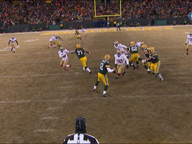 Video - Green Bay Packers quarterback Aaron Rodgers escape and 25-yard pass