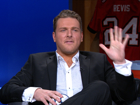Video - Pat McAfee announces he's staying in Indy