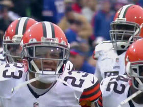 Haden blocks 53-yard field goal attempt