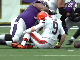 Ravens recover Browns QB Connor Shaw's fumble