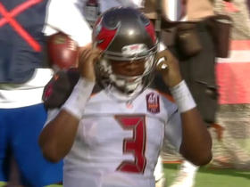 Buccaneers Jameis Winston throws second interception of the day