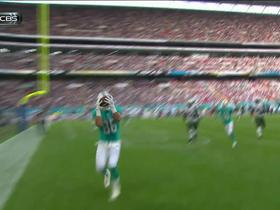 Tannehill finds Stoneburner for 8-yard touchdown