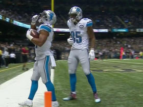 Ameer Abdullah breaks free for 15-yard TD