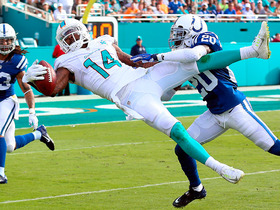 Can't-Miss Play: Landry copies Beckham's one-handed style