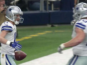 Watch: Kellen Moore finds Cole Beasley for a 5-yard TD