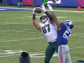 Brent Celek makes great catch for 24 yards