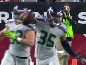 DeShawn Shead picks off Drew Stanton in the end zone