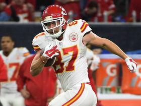 Watch: Travis Kelce eludes defenders for 48-yard gain