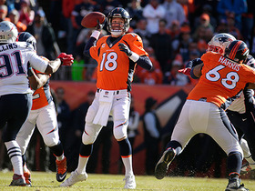 Watch: Patriots recover Manning's backward pass for turnover