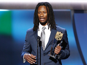 Watch: Todd Gurley wins AP Offensive Rookie of the Year