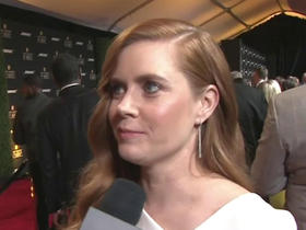 Watch: Amy Adams will be screaming for Peyton Manning