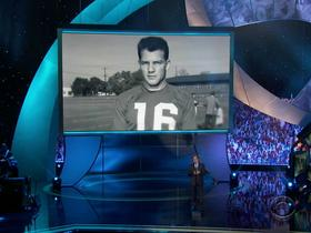 Watch: In memoriam: Remembering those the NFL lost in 2015