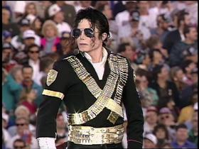 Watch: Michael Jackson changes the Super Bowl halftime show